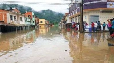 Hay más de 15.000 personas afectadas por inundaciones en Bolivia