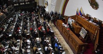 La Nación / Venezuela: Parlamento chavista pide liberar recursos bloqueados por sanciones