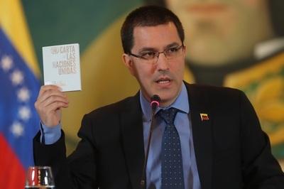 Venezuela pide a la CIJ aplazar la audiencia por zona en disputa con Guyana