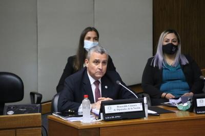Jefe de Gabinete compareció ante Diputados en sesión de interpelación