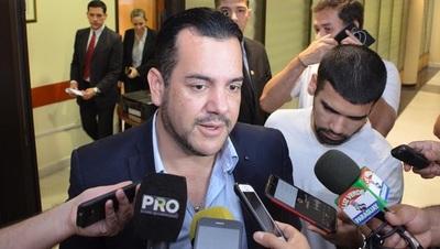 Bloquean cuentas del senador Rodolfo Friedmann
