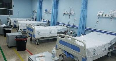 La Nación / Jefa de Hospital Integrado desmiente que estén eligiendo pacientes para UTI