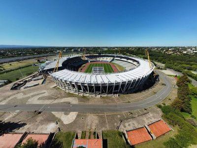 Un estadio Mario Kempes de Córdoba remozado espera por la final