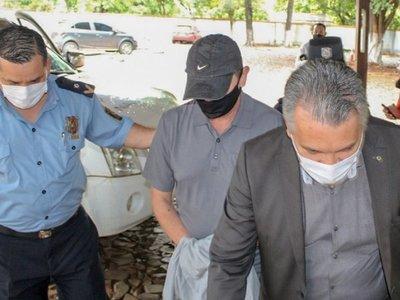 Imputan a comisario por secuestro y dictan prisión para cuatro policías