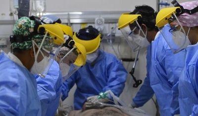 Reportan 14 fallecidos por Covid-19 y pacientes en UTI ya son 238