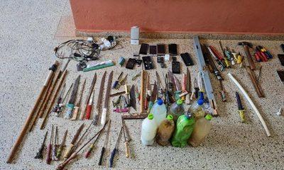 128 armas, drogas y celulares encuentran en cuatro centros penitenciarios