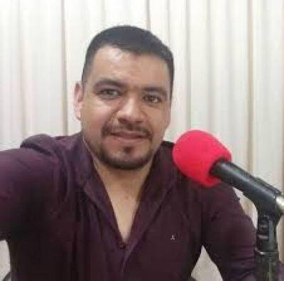 Títere: Eder Rivas se despacha contra casilleros que se recibieron de abogado y administrador