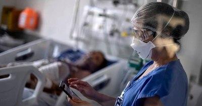 La Nación / Médicos que combaten pandemia en Panamá denuncian exclusión de plan de vacunación