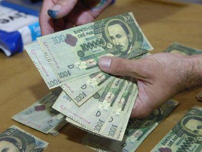 Extorsión: Fue a retirar un dinero y quedó presa