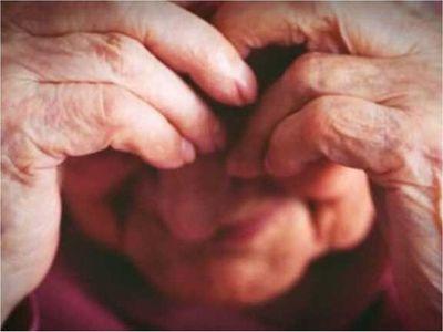 Muchacho de 19 años intentó abusar de una abuelita