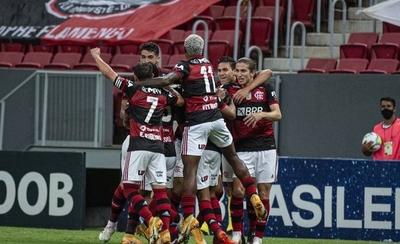 HOY / Flamengo vence al Palmeiras y asegura la tercera posición en Brasil