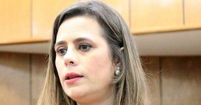 La Nación / Diputada considera que no habría números para voto censura a Villamayor