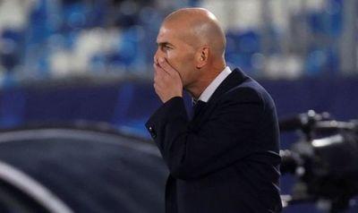 Zidane dio positivo a COVID-19