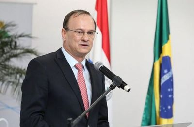 Ernst Bergen, director paraguayo de Itaipú renunció a su cargo.
