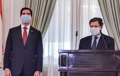 Acevedo asumirá en Cancillería y González va a Itaipu