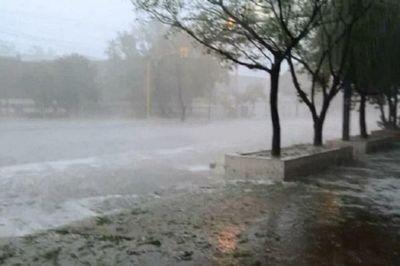 Alerta de tormentas fuertes para 13 departamentos