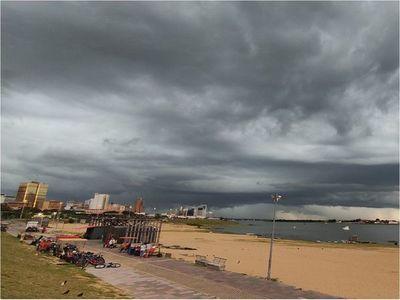 Meteorología pronostica un sábado caluroso e inestable