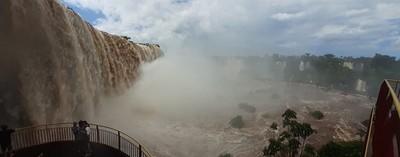 Cataratas del Yguazú, de la SEQUIA al EXCESO de agua
