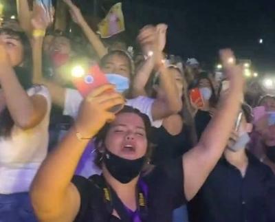 """HOY / Responsable del concierto """"deberá pagar las consecuencias"""", advierte Salud Pública"""