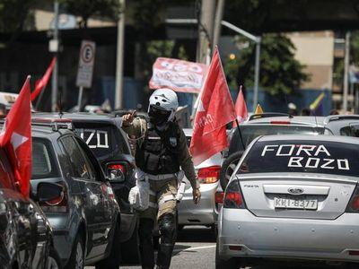 Protestan contra Bolsonaro y por atraso en la vacunación