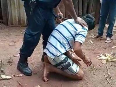 Brutal agresión en procedimiento policial, tras denuncia contra joven en Yhu, Caaguazú