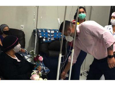 El Hospital de CDE realiza 15 sesiones de quimio por día