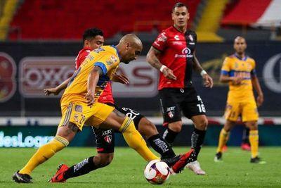 Tigres vence con gol de González