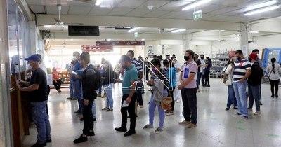 La Nación / Pacientes ostomizados del IPS denuncian falta de insumos y amenazan con nueva movilización