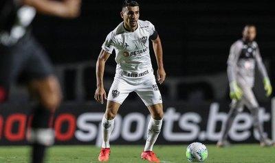 Junior Alonso, titular y capitán en la derrota de Mineiro ante Vasco