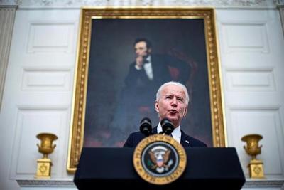 Biden eliminó 52000 empleos estadounidenses en su primer día en el cargo