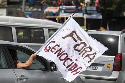 Exigen destitución de Bolsonaro