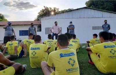 Mueren el presidente y cuatro jugadores de un club del ascenso brasileño al caer avioneta