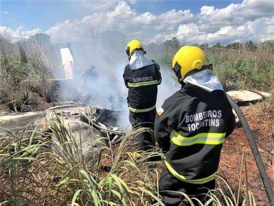 Presidente y cuatro futbolistas de club brasileño mueren en accidente aéreo