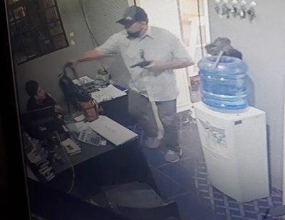 Asaltan distribuidora de bebidas