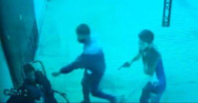 Dos heridos durante violento asalto en CDE
