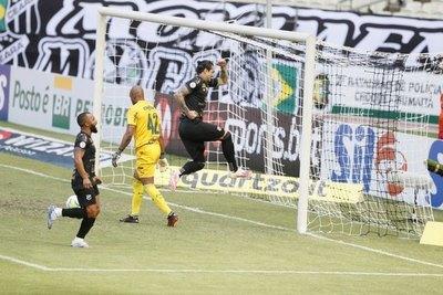 Palmeiras cae ante Ceará, pese al retorno del capitán Gustavo Gómez