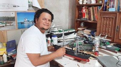 Crónica / MODELISTA VALE Sueña completar réplica de barcos históricos