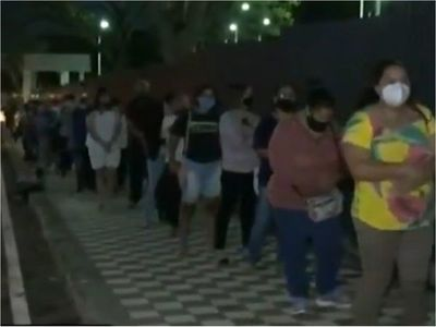 La eterna fila para conseguir turno en IPS, un viejo drama sin solución