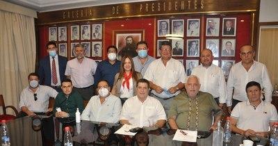 La Nación / Concordia cierra consenso para las intendencias de Encarnación y Villa Hayes