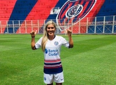 HOY / Paraguaya al fútbol húngaro