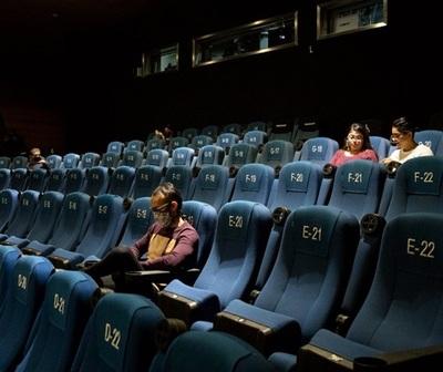 Muy lenta recuperación de salas de cine