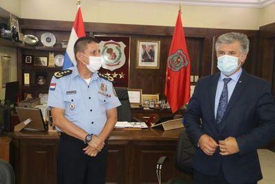 Controles policiales pasarán a hacerse solo en los peajes, acuerdan Giuzzio y Resquín