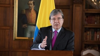 Ministro colombiano muere víctima del Covid-19