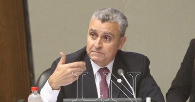 La Nación / Mañana tratarán voto de censura a Juan Ernesto Villamayor