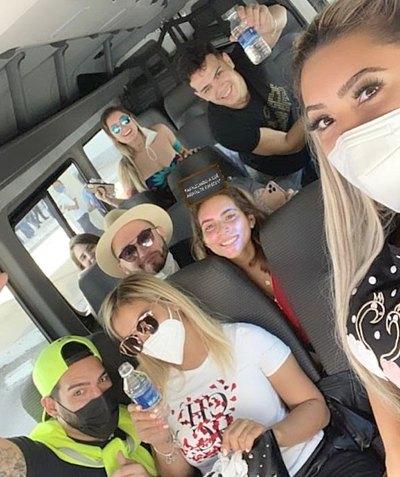 Crónica / ¡CASORIO! Lili y Nico llevan su farra a Cancún