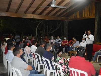 Cuevas se alió al vicepresidente y tendrá 15 candidatos en Paraguarí