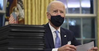 Biden anunció que comprará 200 millones más de vacunas contra el coronavirus