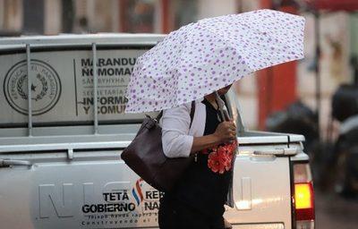 Miércoles con clima cálido, húmedo y lluvioso