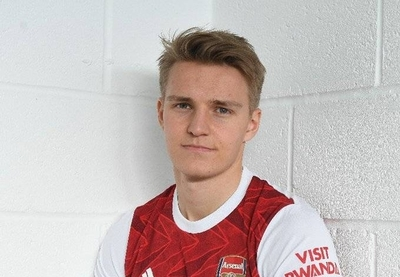 HOY / El Arsenal hace oficial el fichaje como cedido del noruego Odegaard