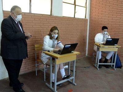 """Sindicato de directores advierte sobre """"muerte segura"""" y plantea postergar hasta agosto las clases presenciales"""